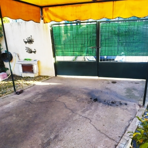 Venta de chalet en Urbanización privada Las Lomas, Ref: 58